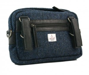 BRYHT Dart Handlebar Bag in Harris Tweed - Back with straps
